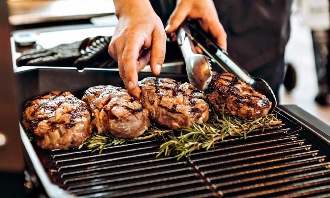 Weber Elektrogrill Rezepte : Weber grill academy